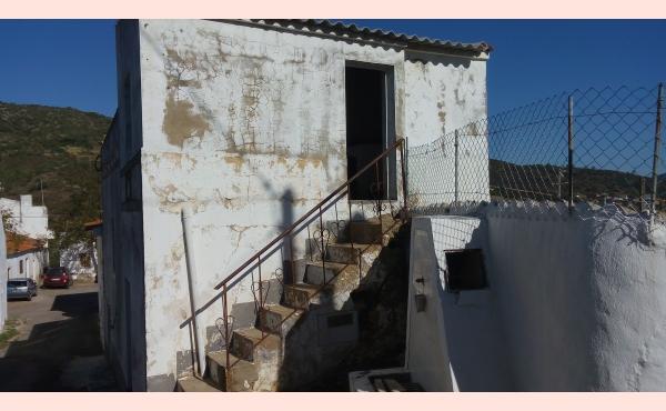 KM-088 Casa na Aldeia