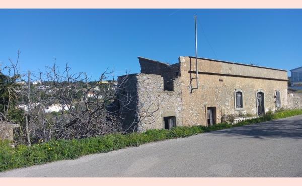 KM-007 Casa na Picota