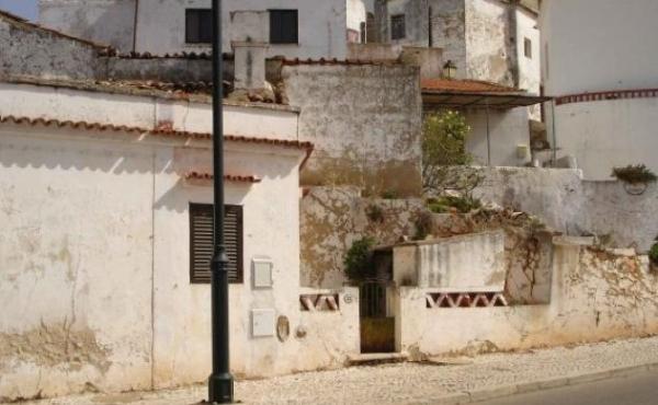 KM-092-Casa Antiga